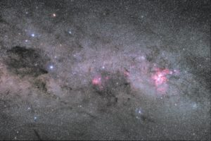 The Coalsack, Crux and the Carina Nebula, 43x135s, ISO 800, 50 mm, F/4
