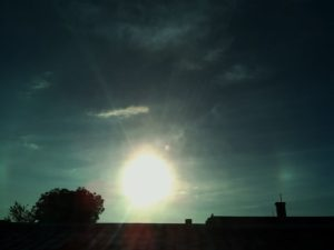 both sundogs are there